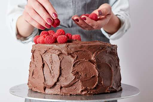 Chocolate Mousse Cake with Raspberries – Step 18