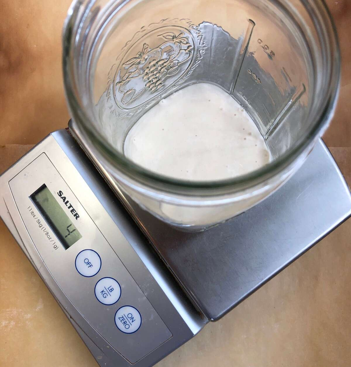 Maintaining your sourdough starter via @kingarthurflour