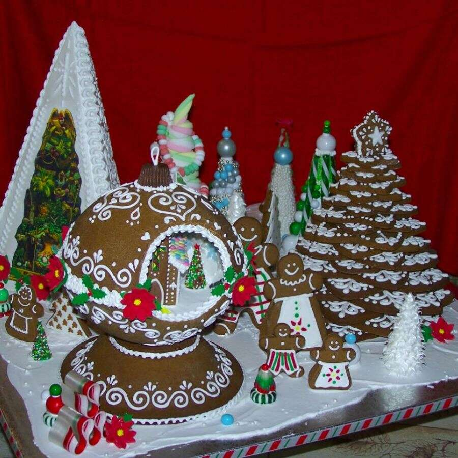 Gingerbread House Decorating Contest | King Arthur Flour