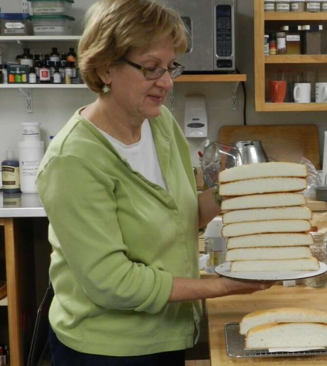 sue with white cake