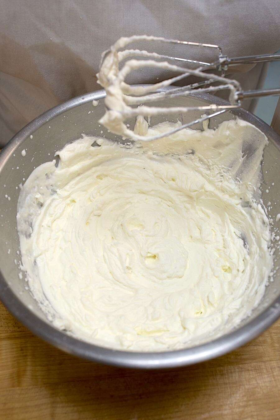 How to whip cream via @kingarthurflour