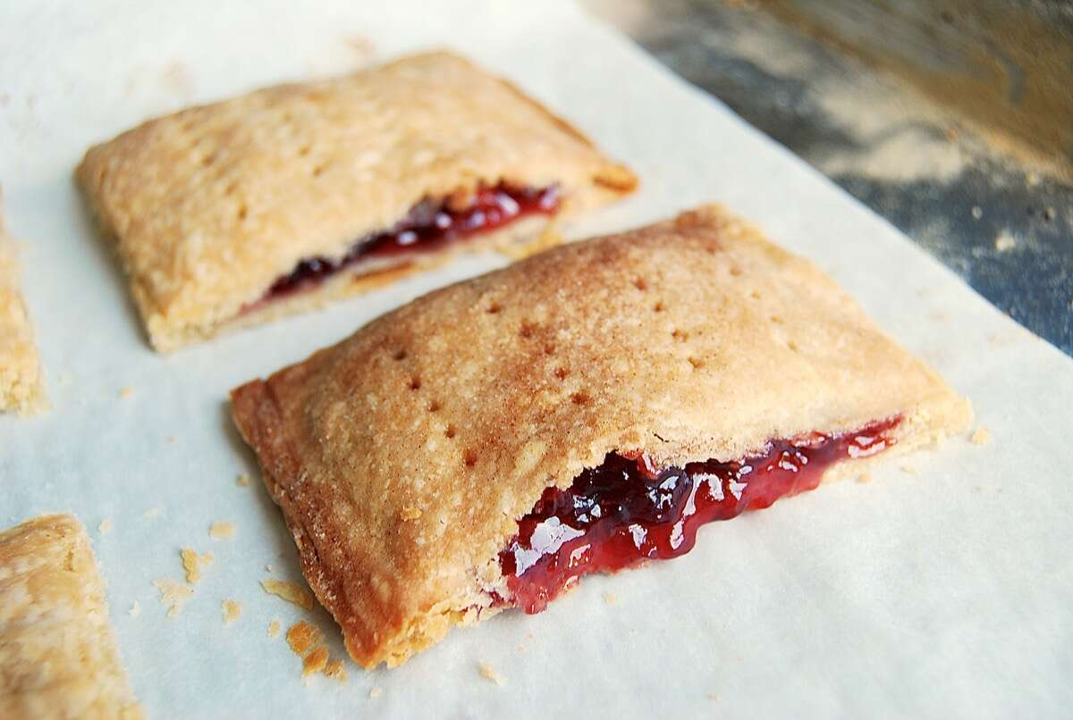 Toaster Tarts via @kingarthurflour