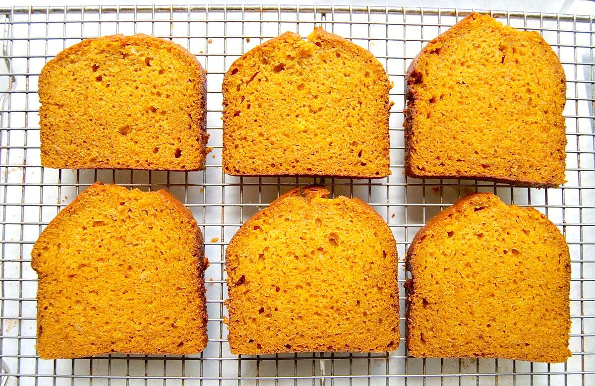Pumpkin bread: 5 easy makeovers via @kingarthurflour