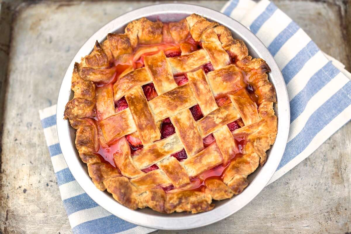 Lemon-Ginger Strawberry Pie via @kingarthurflour