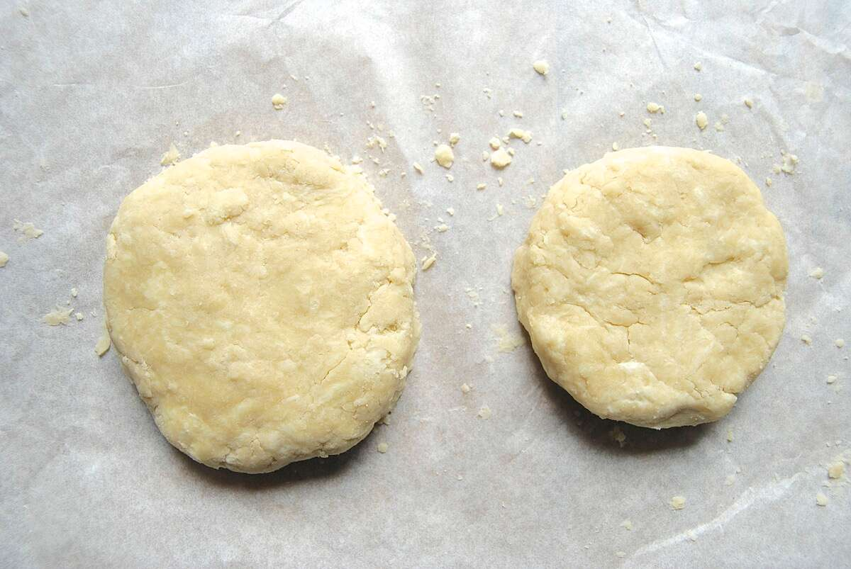 Make pie crust via @kingarthurflour