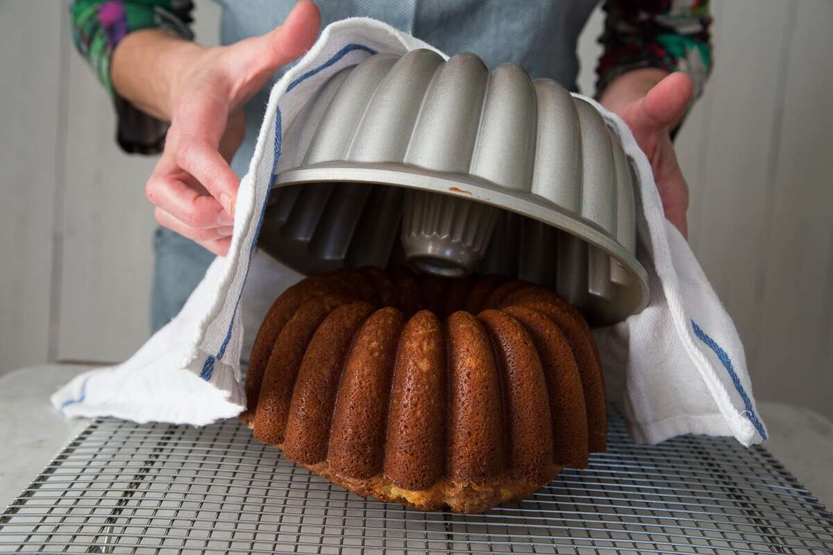 How-To-Prevent-Bundt-Cakes-From-Sticking via @kingarthurflour