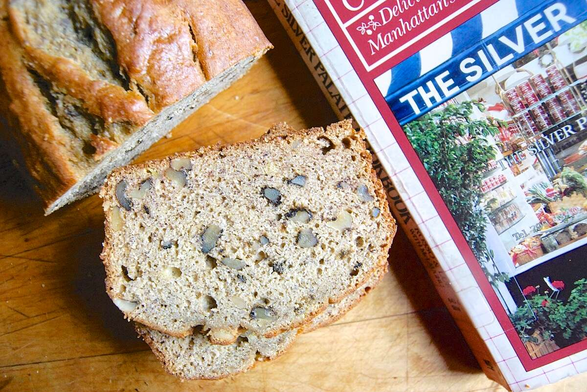 History of Banana Bread via @kingarthurflour