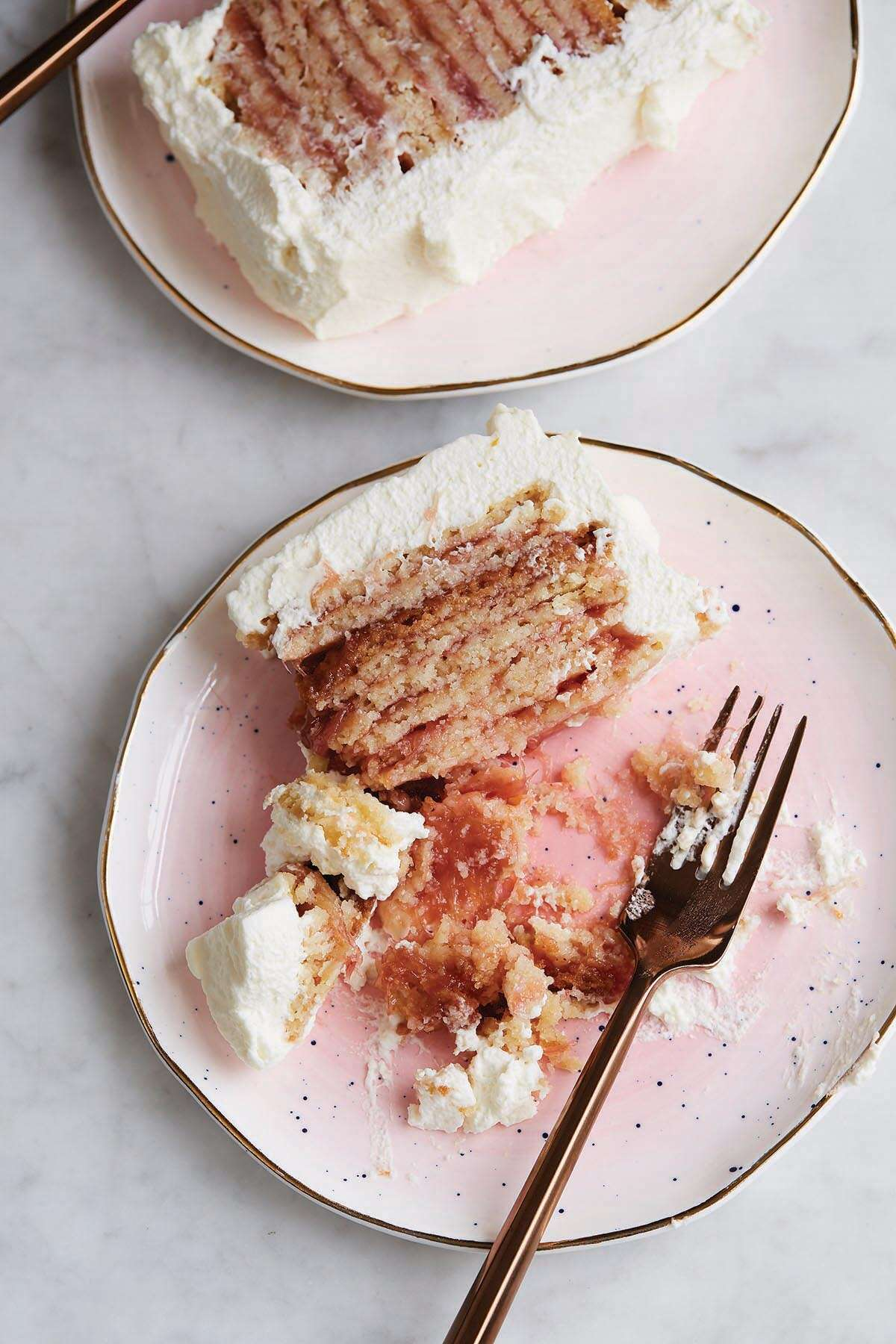 rhubarb icebox cake via @kingarthurflour