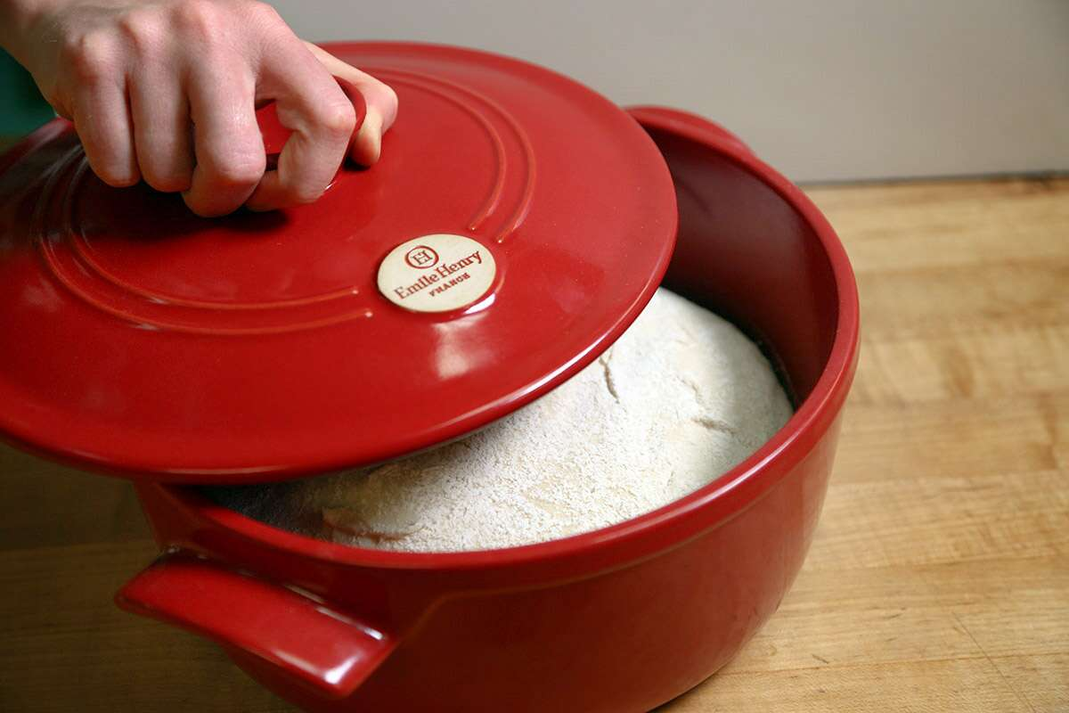 Baking in a cold Dutch oven via @kingarthurflour