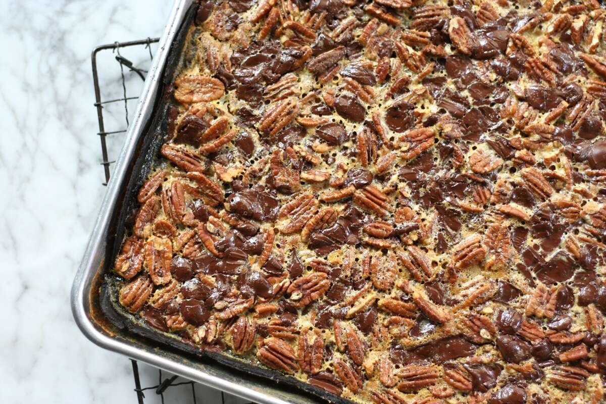 Chocolate Pecan Slab Pie via @kingarthurflour