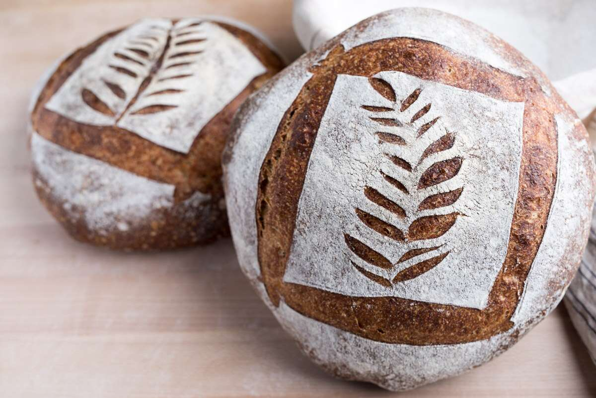 Decorative Cuts via @kingarthurflour