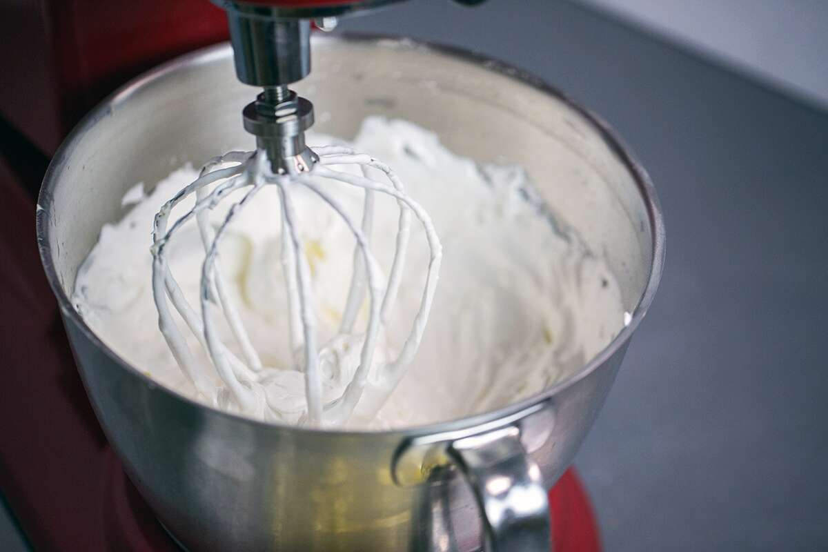 buttercream frosting via @kingarthurflour
