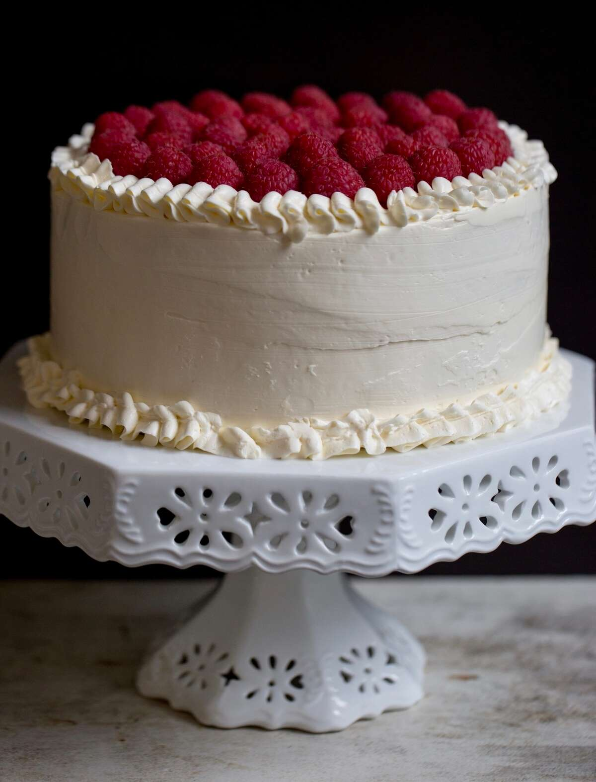 white cake 1 via @kingarthurflour