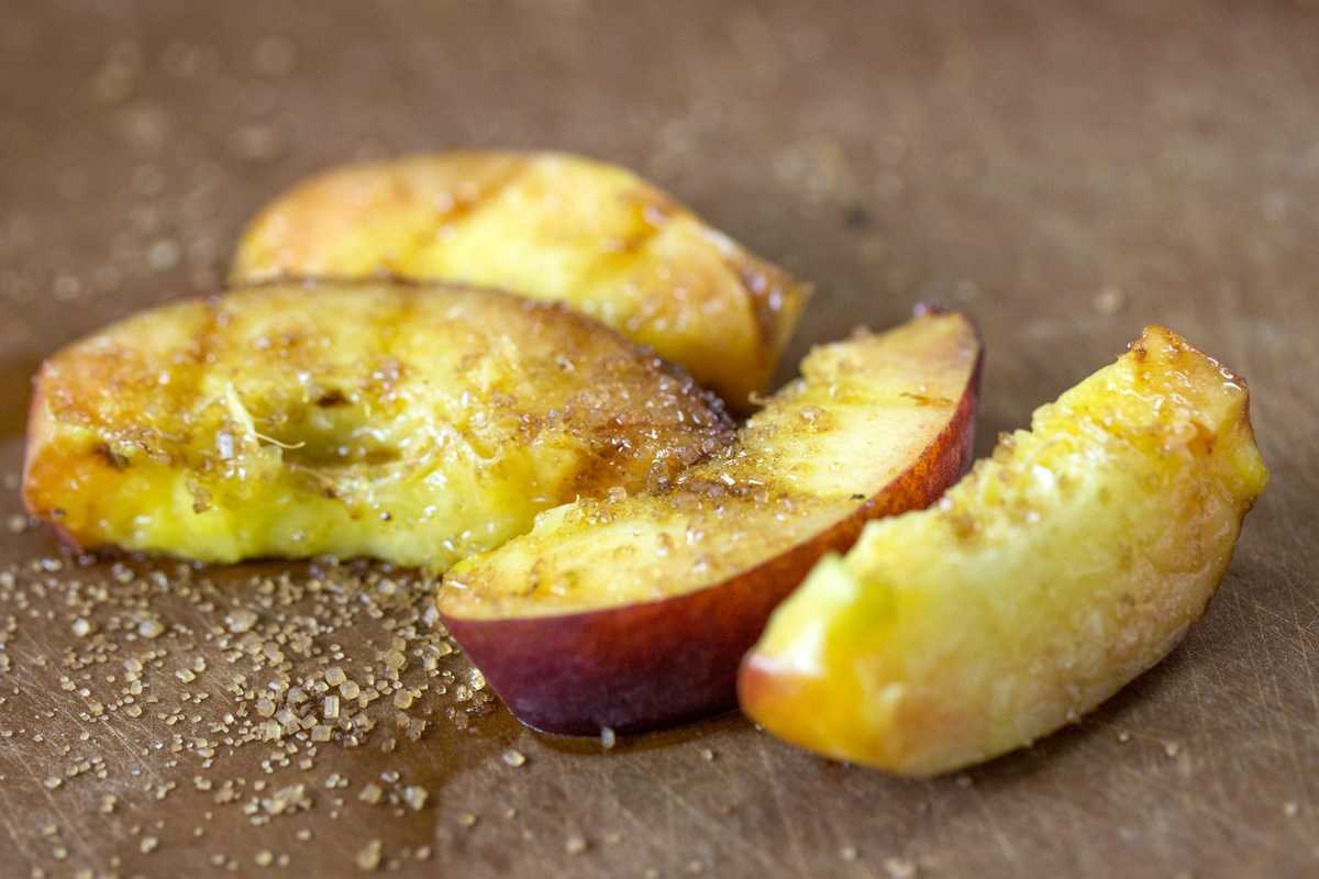 Grilling and Roasting Fruit via @kingarthurflour