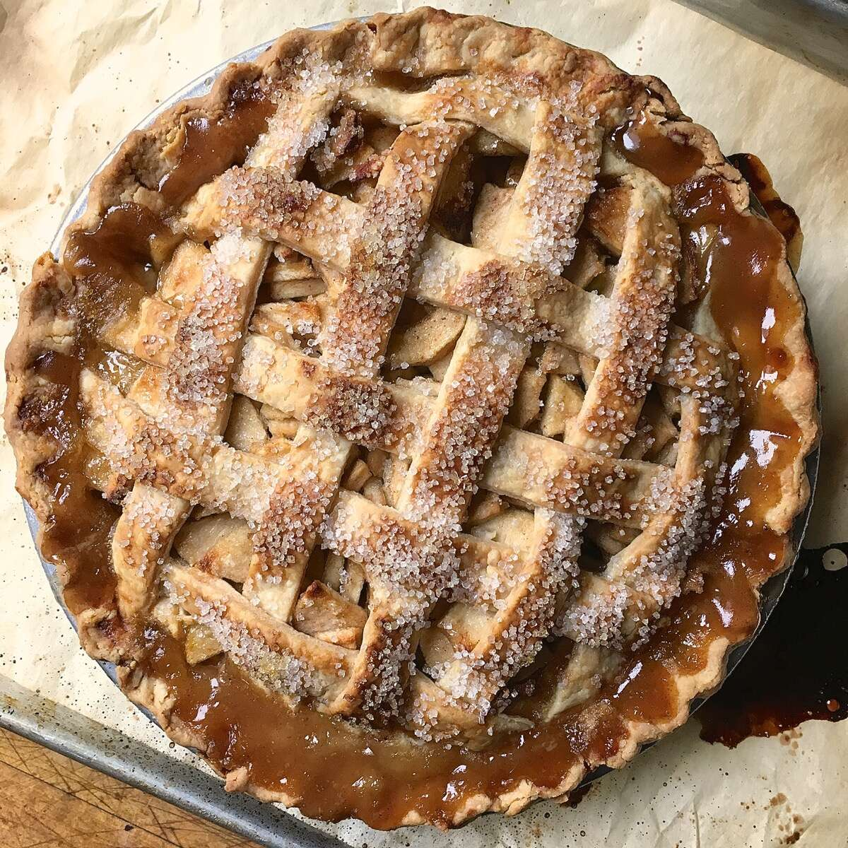 How to prevent runny apple pie via @kingarthurflour