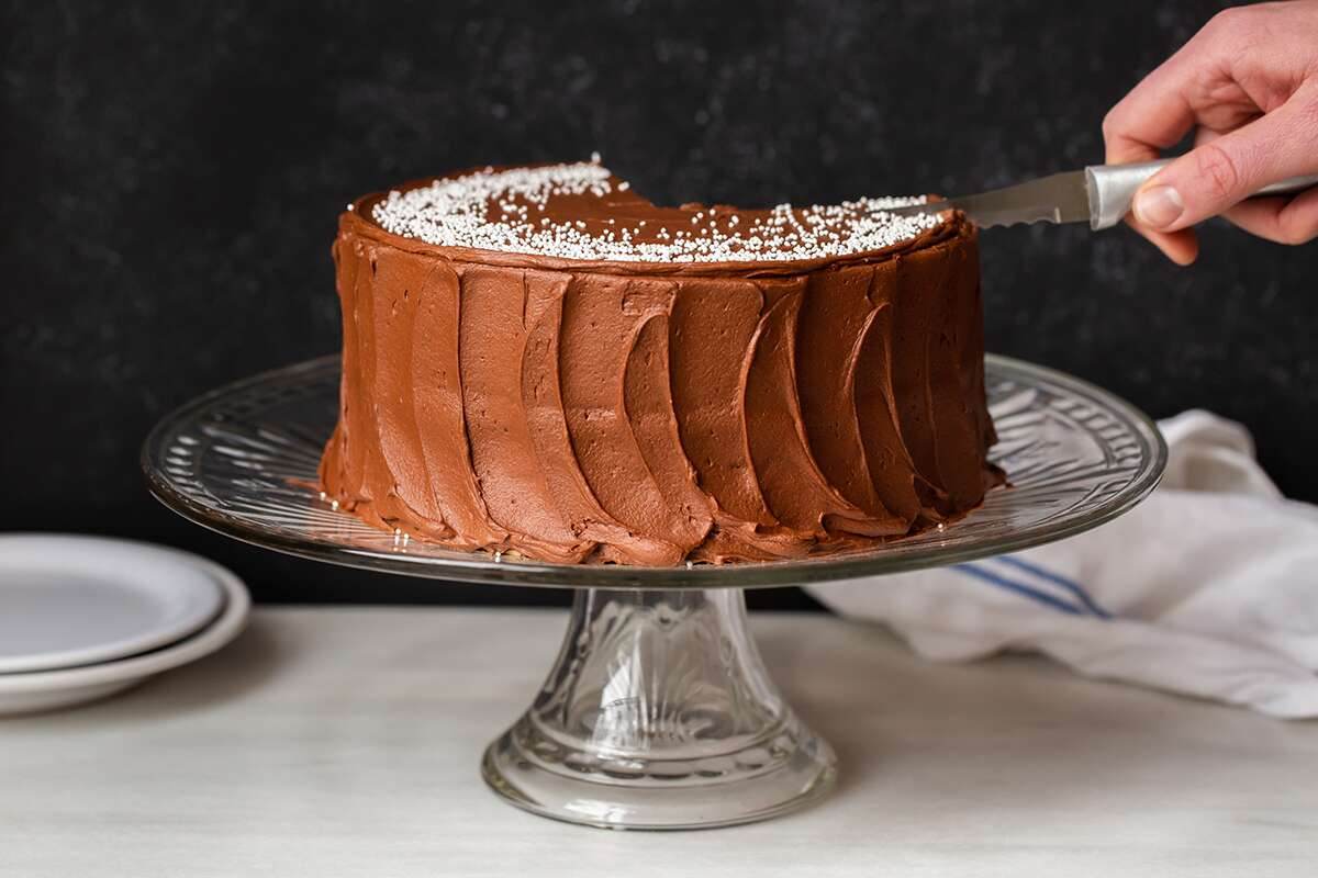 The best way to cut cake via @kingarthurflour