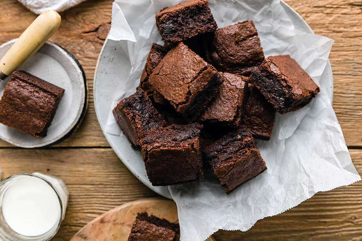 A platter of gluten-free quick and easy fudge brownies