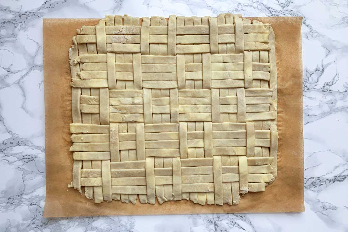 Fully quilted pie dough
