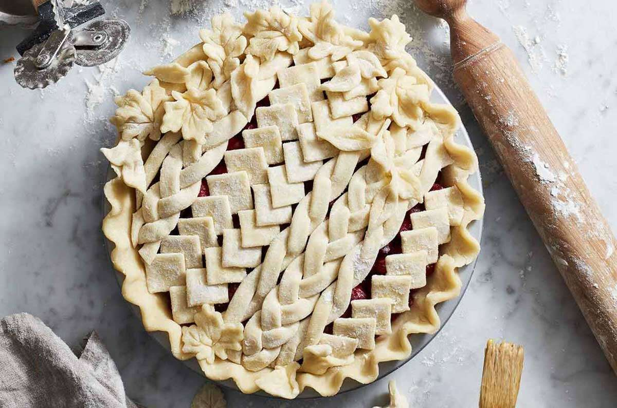 Unbaked pie, with braided design