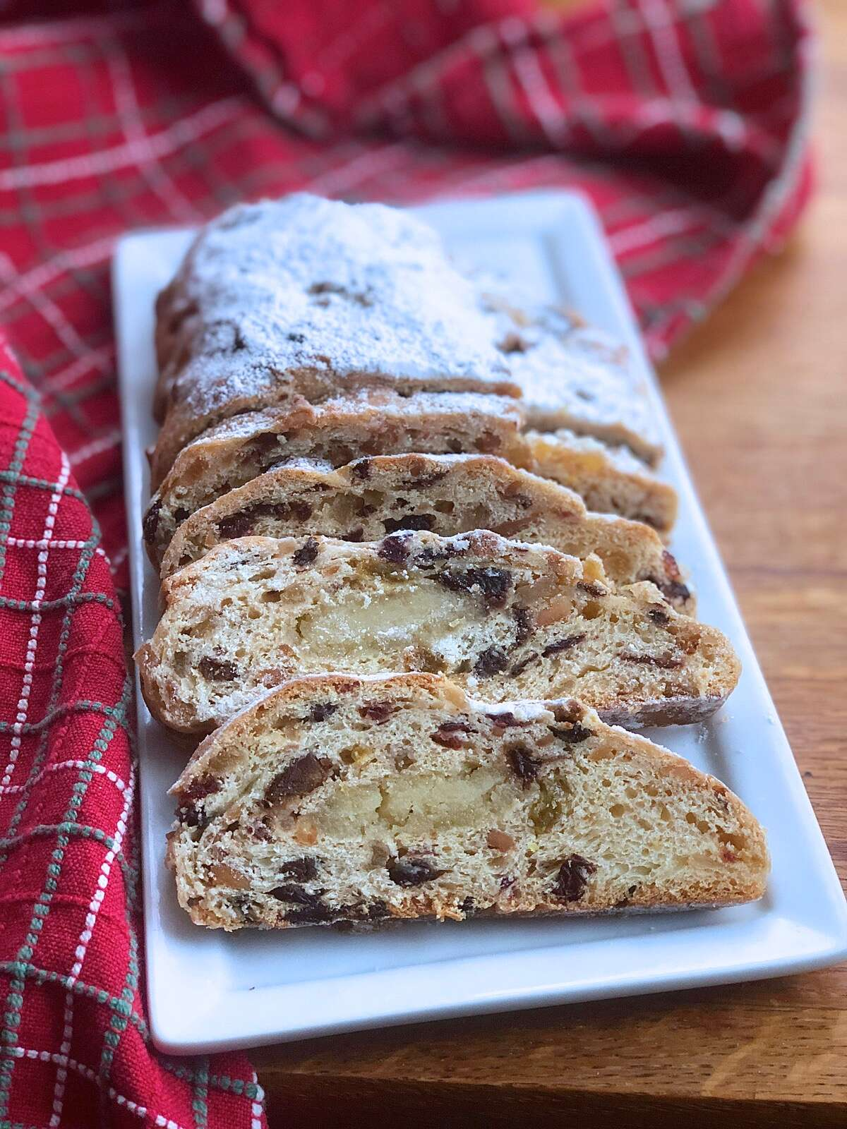 Sliced stollen on a serving plate.