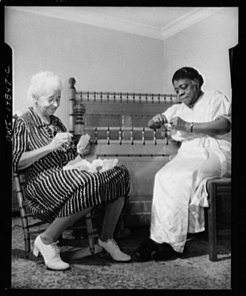 Archival photos of Dr. Bethune and her friend