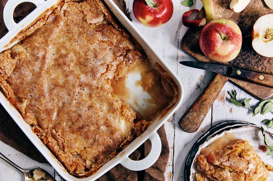 Sugar-Crusted Apple Cobbler