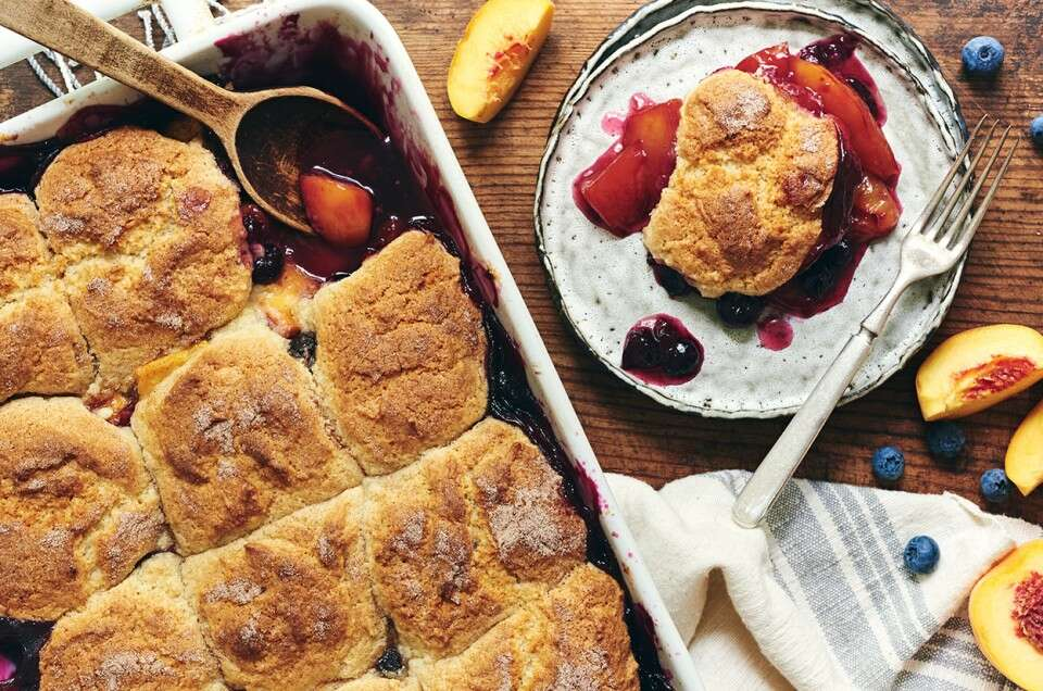 Easy Fruit Cobbler