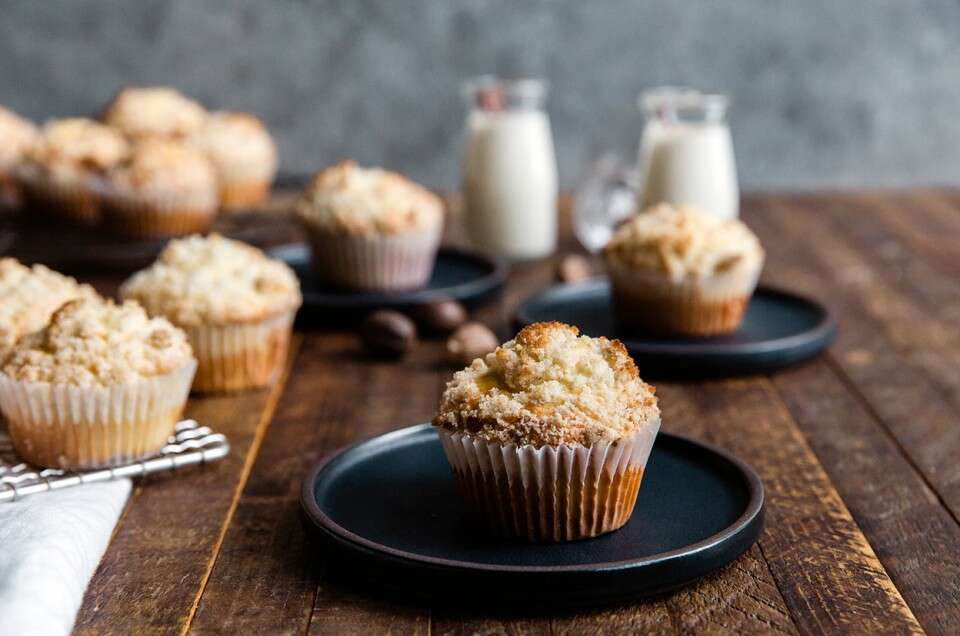 Easy Holiday Eggnog Muffins