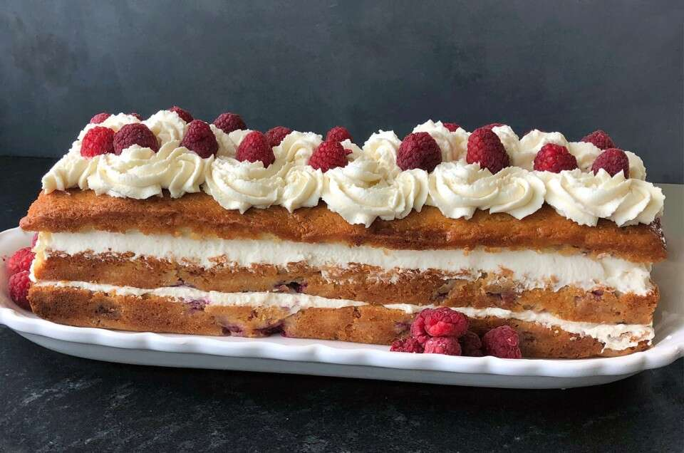 Raspberry Tea Cake with Mascarpone Cream Filling - select to zoom