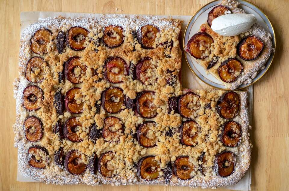 Yeasted Bavarian Plum Cake (Zwetschgendatschi) - select to zoom