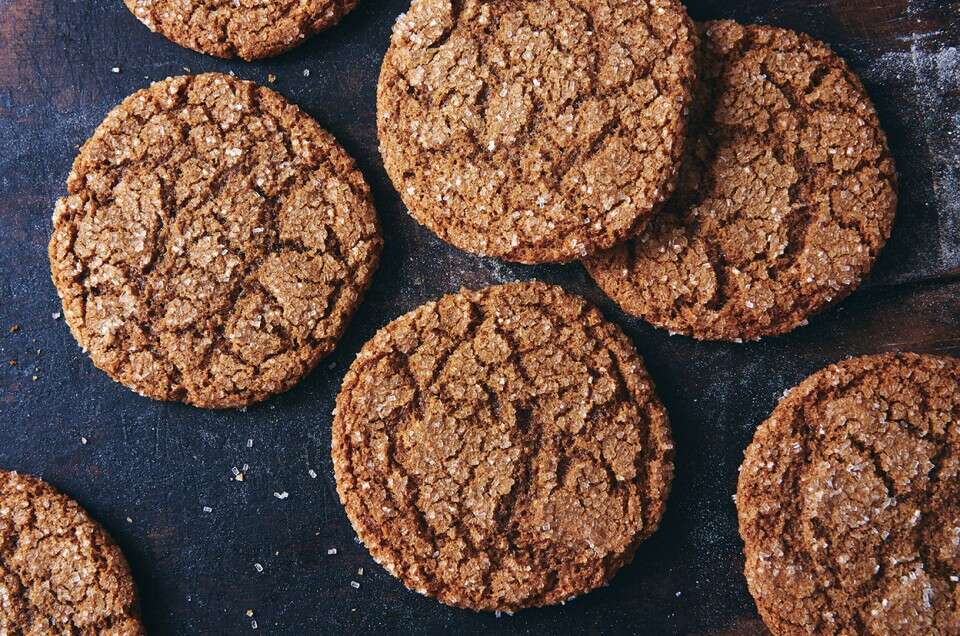 Spiced Rye Ginger Cookies - select to zoom