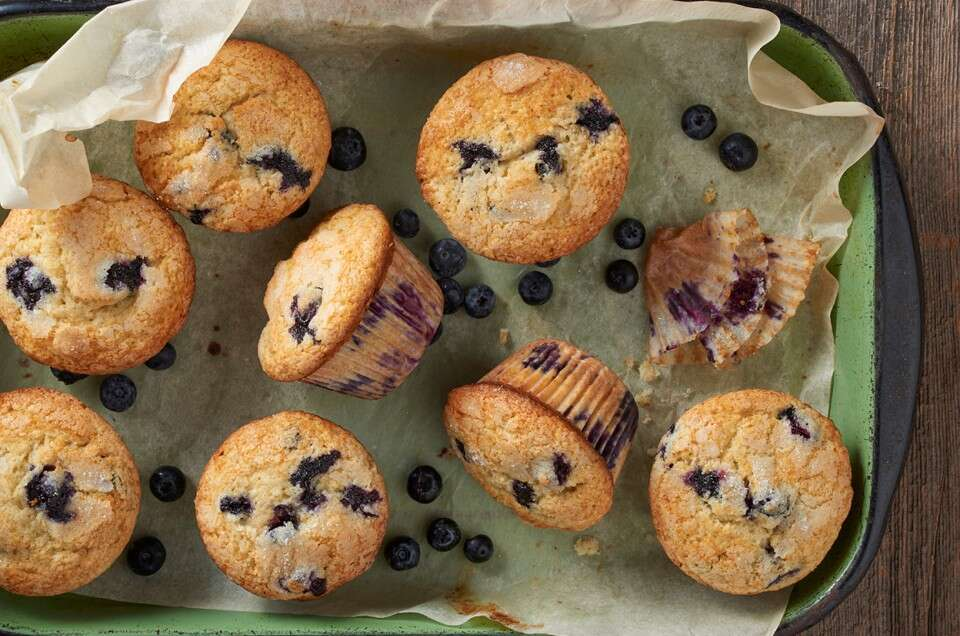 Famous Department Store Blueberry Muffins - select to zoom