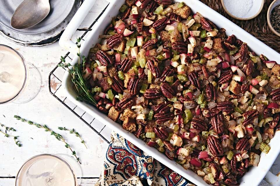Paleo Apple-Pecan Dressing
