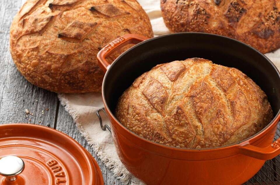 Artisan sourdough bread tips via @kingarthurflour