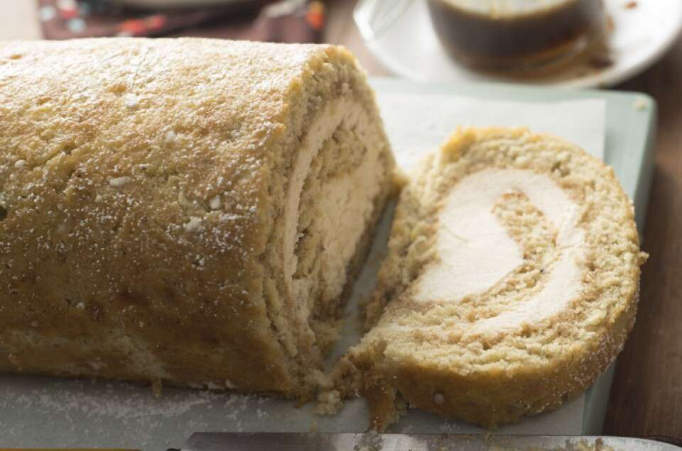 Banana-Bread-Cream-Cheese-Roll_02