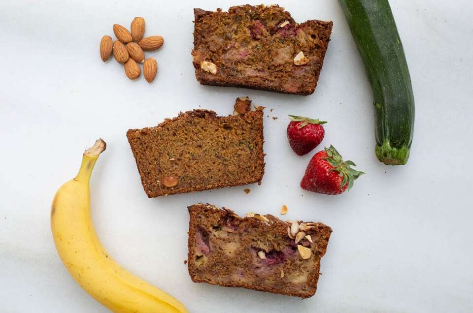 Banana zucchini bread and variations-11