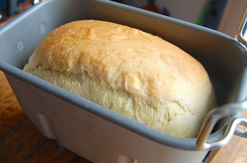 Converting recipes to the bread machine via @kingarthurflour