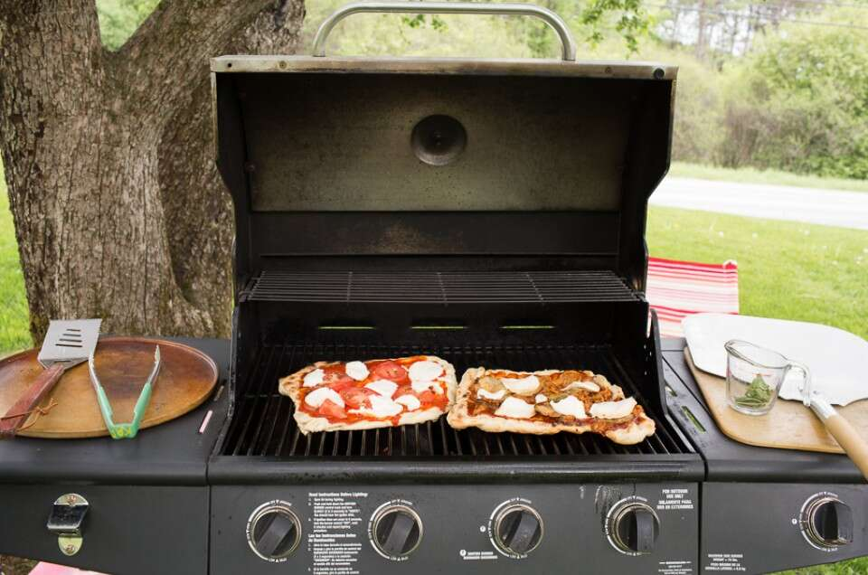 Grilled Pizza via @kingarthurflour