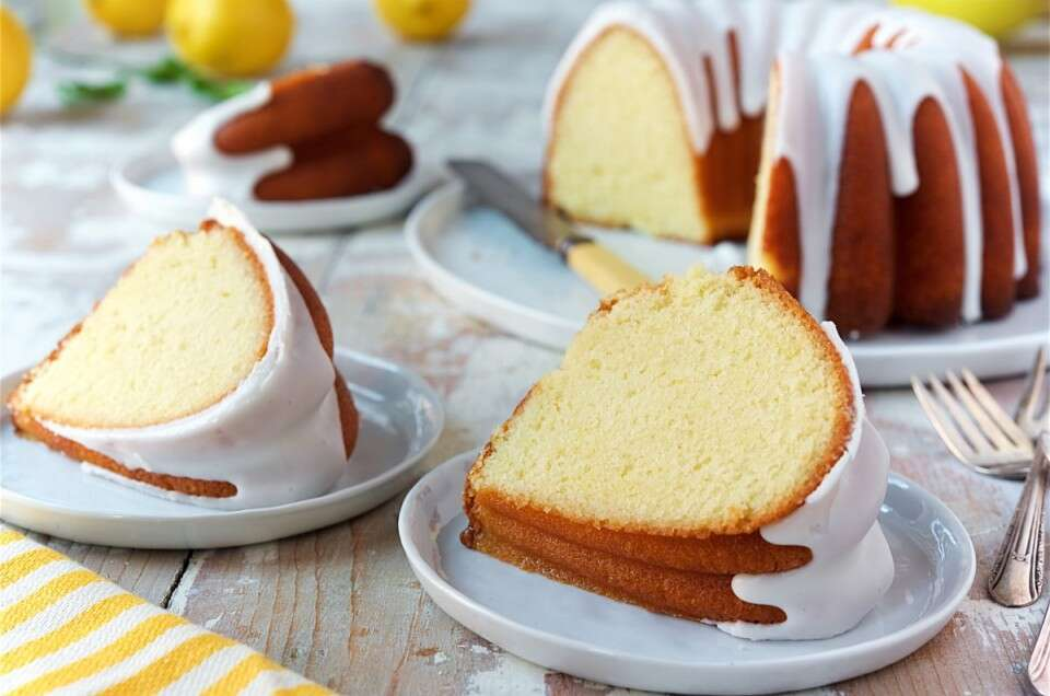 Lemon-Bundt-Cake via @kingarthurflour