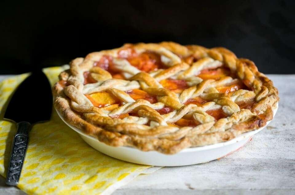 Vinegar in pie dough | King Arthur Flour