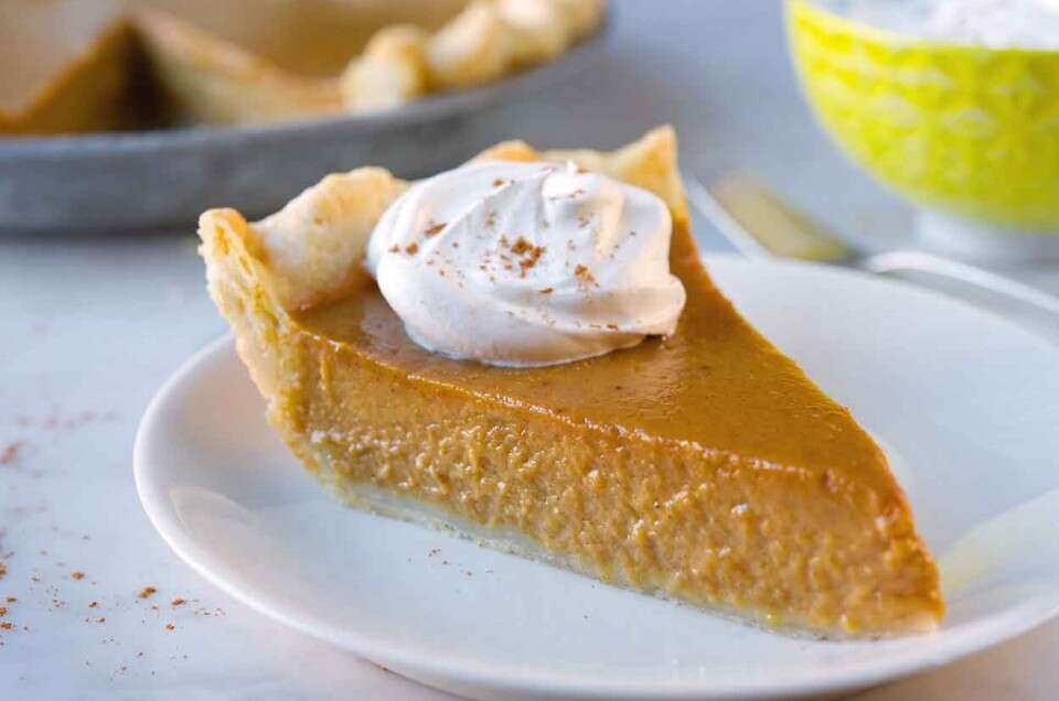 Smooth and Spicy Pumpkin Pie