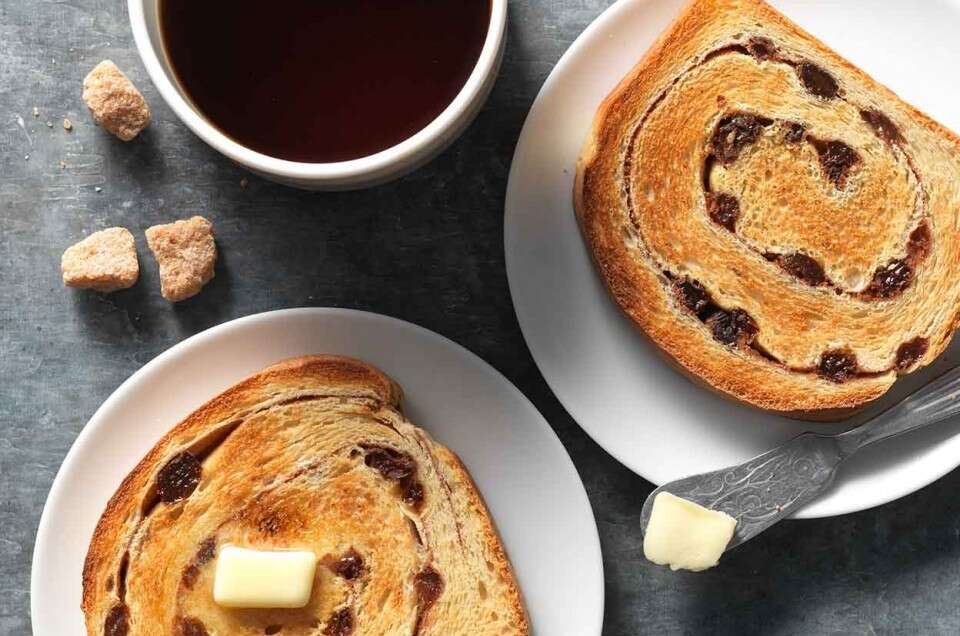 Cinnamon Raisin Sourdough Bread