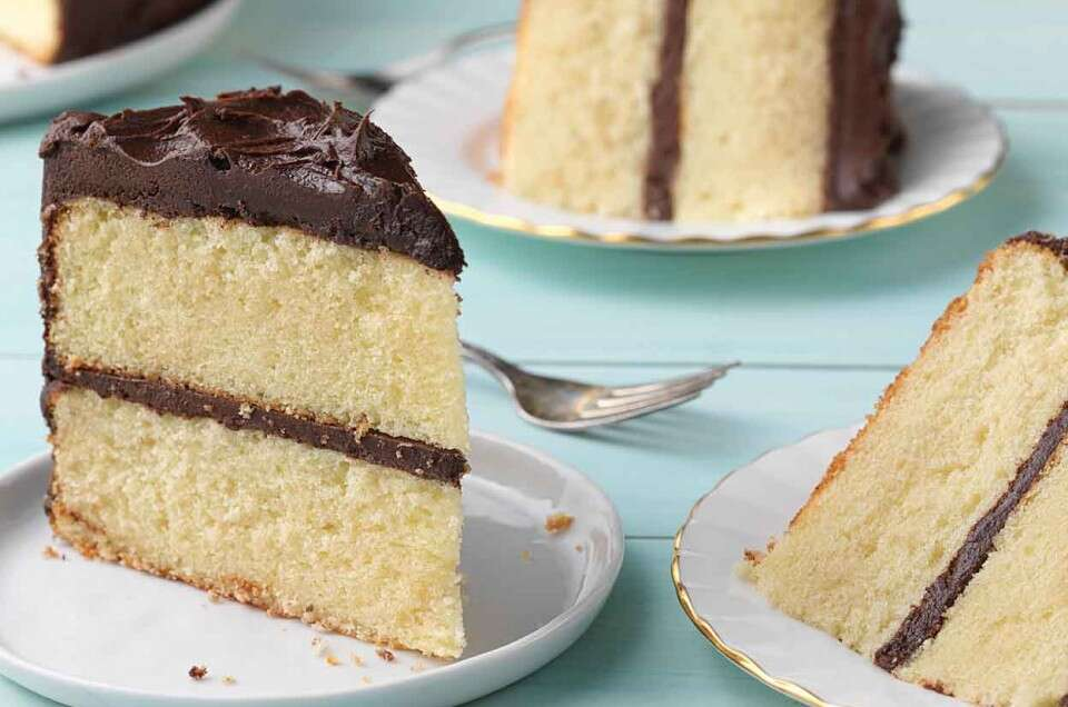 Back-to-Basics Yellow Cake - select to zoom