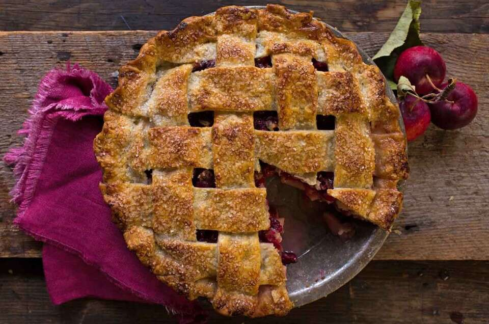 Apple Pie with Cranberries