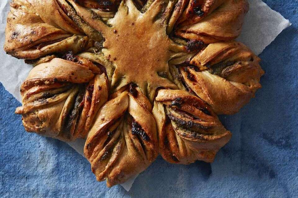 Salami and Herb Star Bread