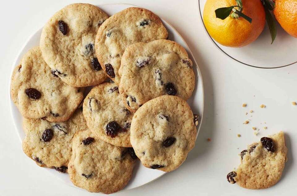 Raisin Cookies (Nan-e Keshmeshi)