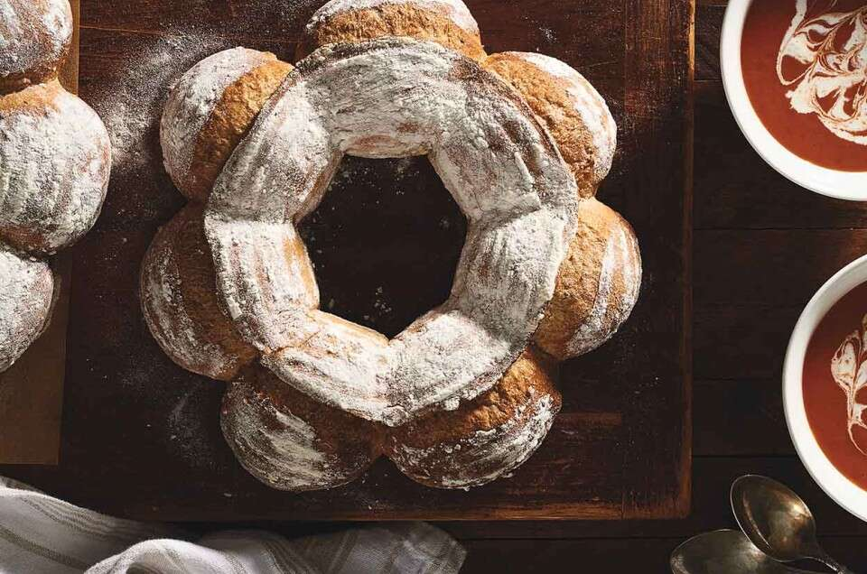 No-Knead Multigrain Crown