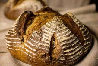 sourdough-rye-with-walnuts