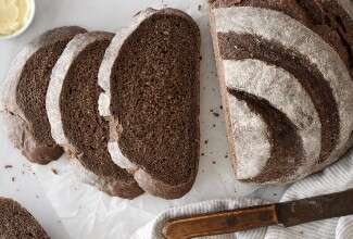 Pumpernickel Boule