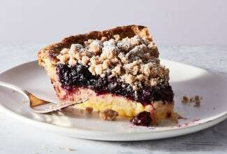 Lemon-Blueberry Streusel Pie